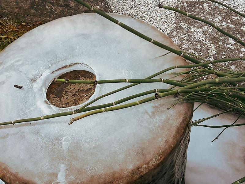 Angelika Ruf – vereister-Brunnen